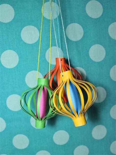 paper craft lanterns 25 best ideas about paper lanterns on