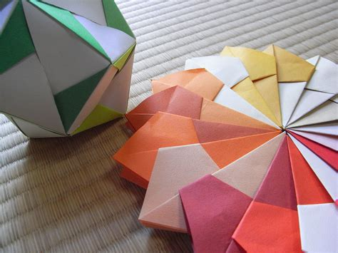 3d origami paper size file image 2d and 3d modulor origami jpg wikimedia commons