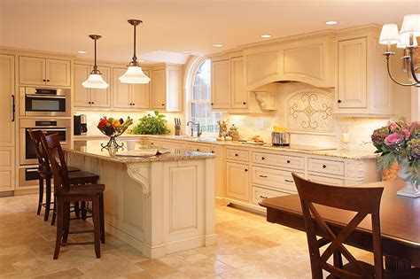 best custom kitchen cabinets why is custom cabinetry the best choice for your kitchen