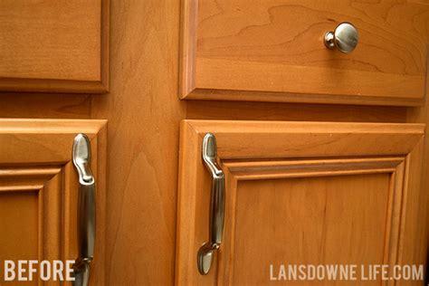 kitchen cabinet knobs or pulls easy upgrade bargain kitchen cabinet pulls lansdowne