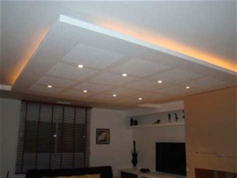 faux plafond maison travaux