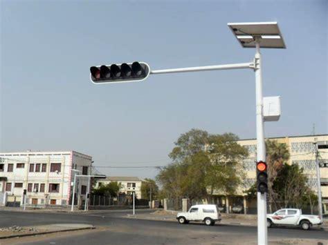 solar powered traffic lights solar traffic lights complete green energy solutions