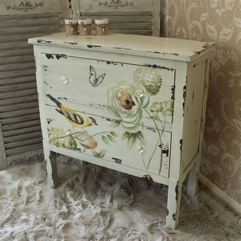 second shabby chic bedroom furniture 25 best ideas about floral painted furniture on