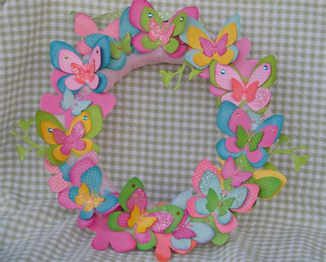 springtime crafts for bits of me butterfly wreath