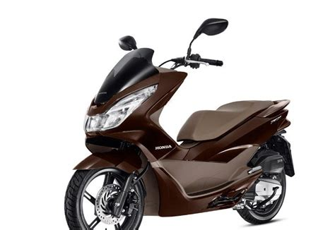 Honda Pcx 2018 Review by 2018 Honda Pcx 150 2017 2018 2019 Honda Reviews