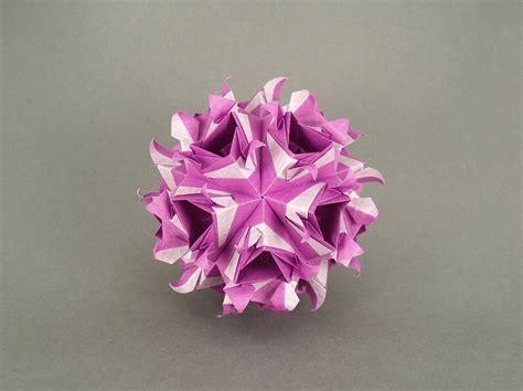 origami kusudamas 30 absolutely beautiful origami kusudamas