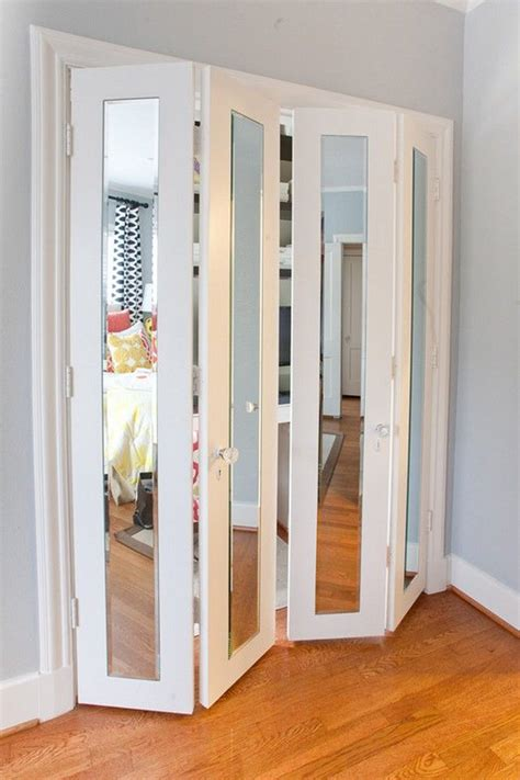 mirrored sliding closet doors for bedrooms 17 best ideas about mirrored closet doors on