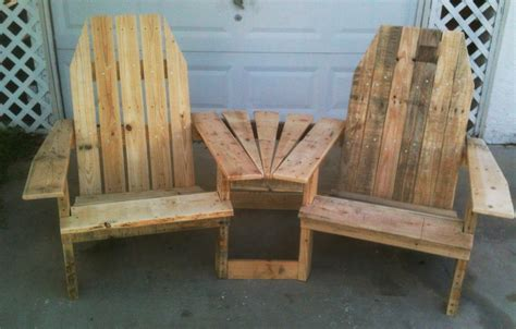 woodworking home projects wood pallet projects pallirondack settee do it