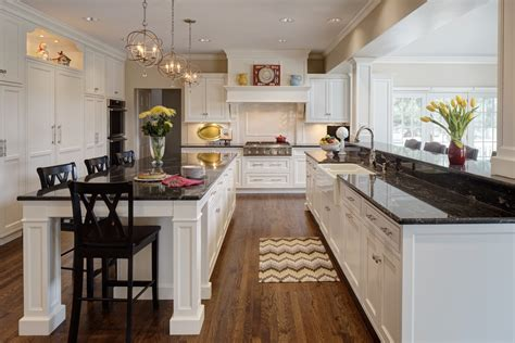 kitchen cabinets with light countertops better together design trends that pair well together