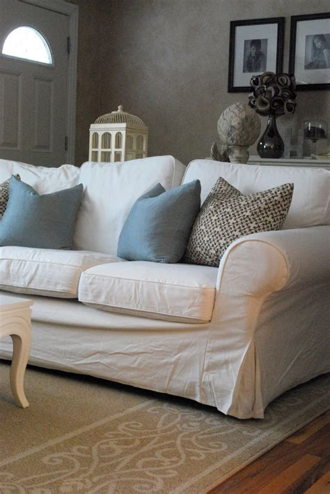 white slipcovered sofa comfortable white slipcovered sofa that brings