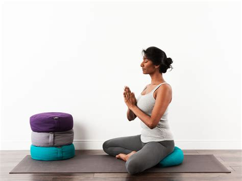meditation how to use things to in your meditation room simplifity