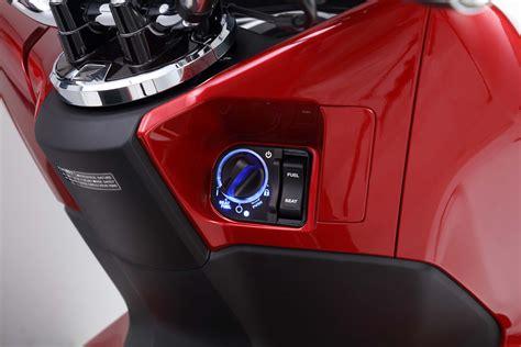 Pcx 2018 Smart Key by 2018 Honda Pcx Launched By Boon Siew Honda Bikesrepublic