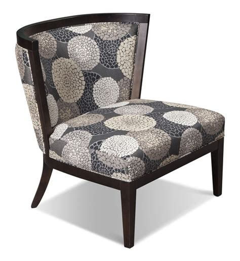 need accent chair ideas for small living room space