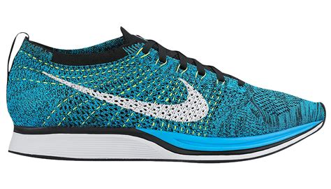 fly knit racer the nike flyknit racer now comes in blue glow weartesters