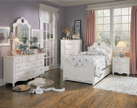 lea bedroom furniture lea panel bedroom collection furniture 930 9x0