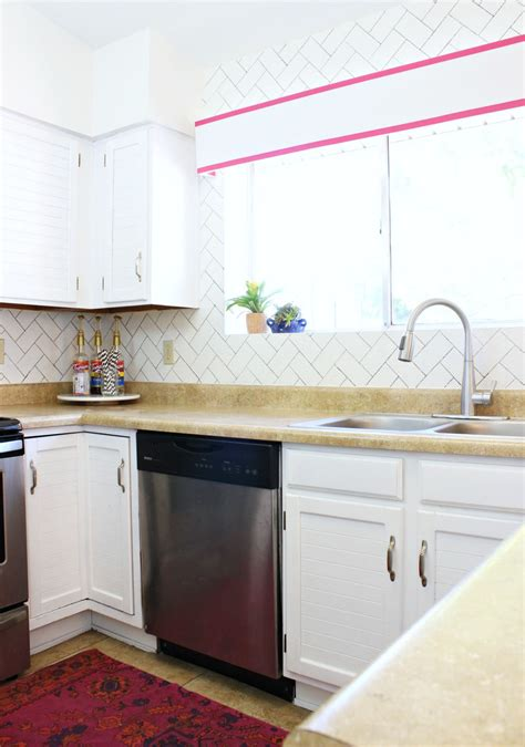what is the best way to paint kitchen cabinets white the best way to paint kitchen cabinets homeright