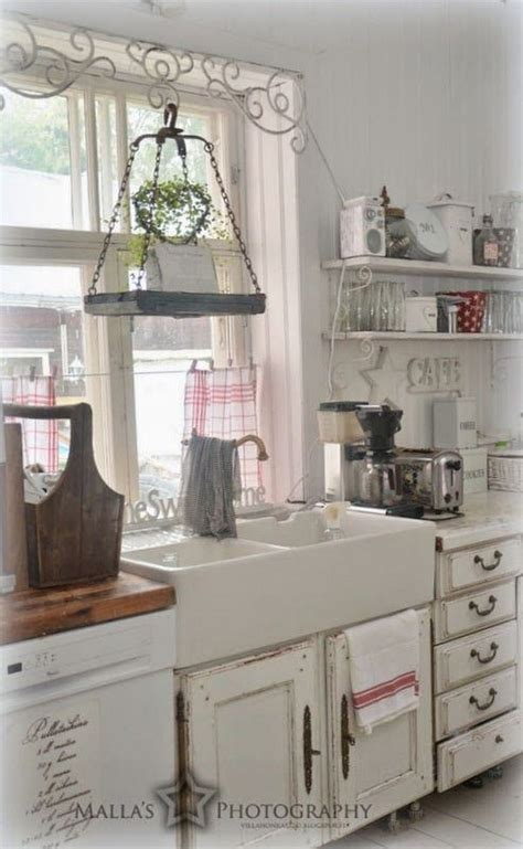 shabby chic kitchen decor 35 cozy and chic farmhouse kitchen d 233 cor ideas digsdigs