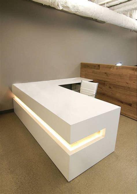 best modern desk 17 best ideas about modern reception desk on