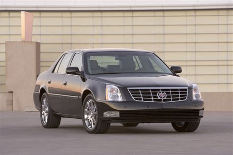 Cadillac 2011 Dts by 2011 Cadillac Dts Features Photos Price