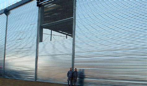 rideau metallique gamme compl 232 te de rideaux et grilles m 233 talliques de s 233 curit 233 224 enroulement