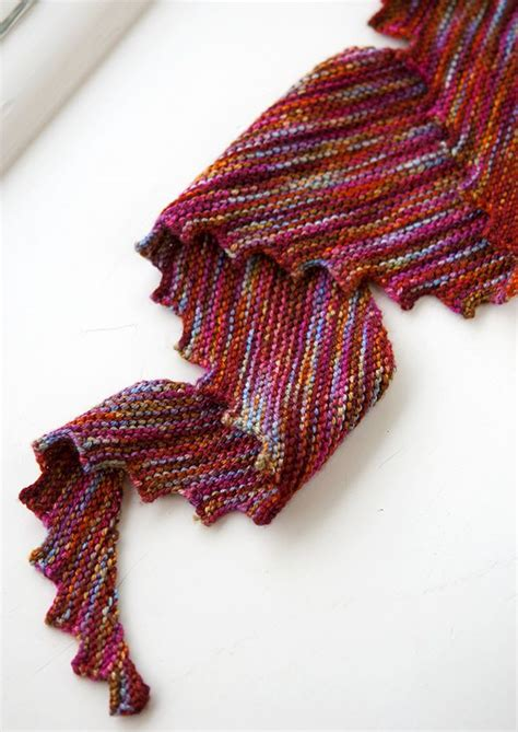 best knitting patterns for variegated yarn 257 best knitting inspiration variegated yarn project