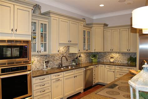 farmhouse kitchen backsplash kitchen backsplash ideas white cabinets brown countertop