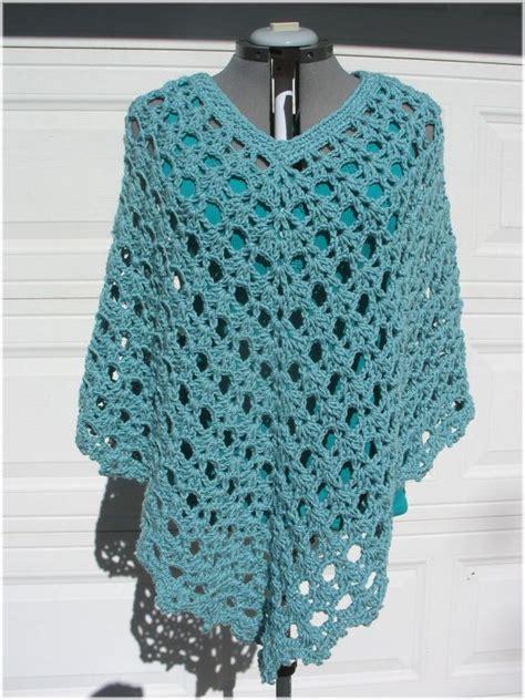 poncho pattern 1000 ideas about crochet poncho patterns on