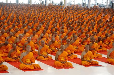 buddhist meditation buddha space thai buddhism meditate
