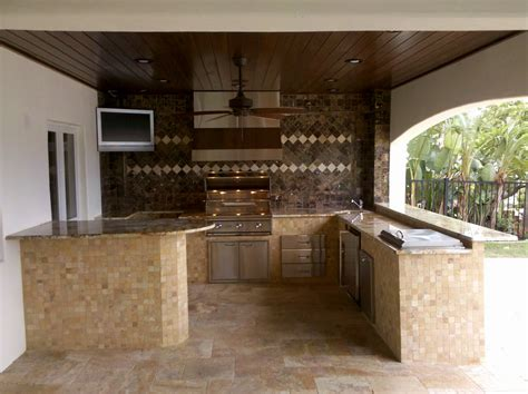 outdoor kitchens designs how to build an outdoor kitchen island outdoor kitchen