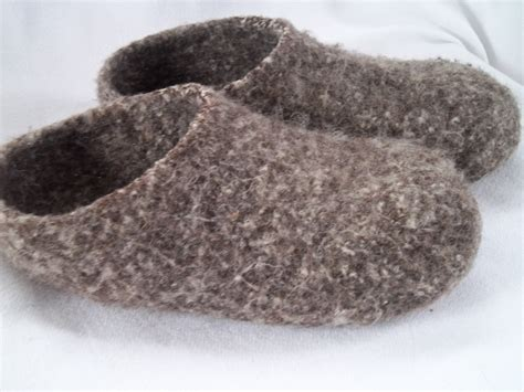 how to knit booties for adults pilgrim purse and poetry knit felt slippers for adults