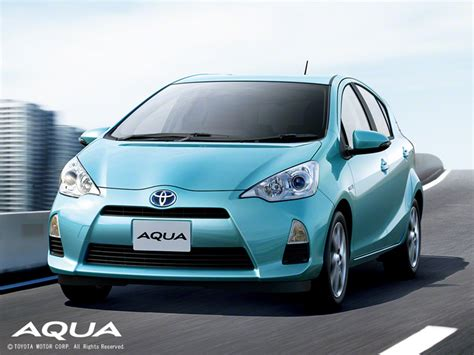 popular in japan 2013 s top 10 best selling cars in japan what is popular