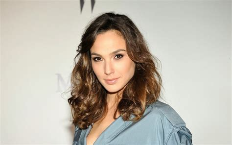 beautiful gal gadot pictures weneedfun