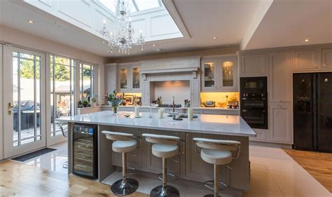 kitchens ideas pictures kitchen showroom design ideas with images