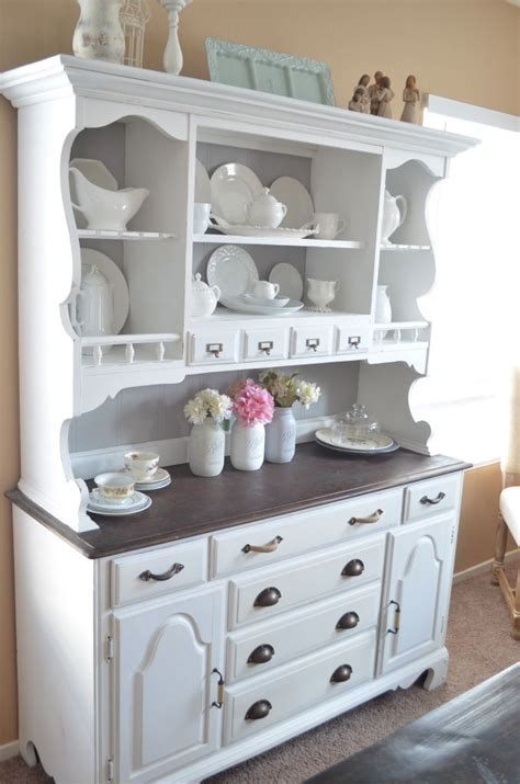 diy chalk paint hutch 25 best ideas about dining hutch on painted