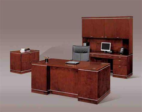 inexpensive office desks inexpensive desks for home office cheap executive desks