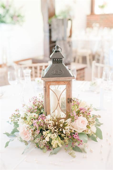 best centerpieces for tables 25 best ideas about wedding centerpieces on