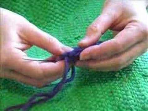 how to make finger knit flowers finger knit flowers knitting