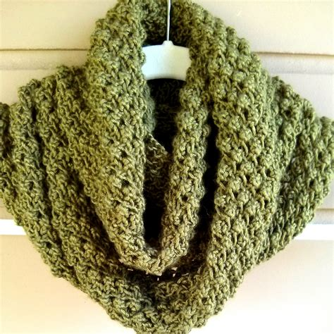 free cowl knitting patterns budding infinity scarf pattern purl avenue