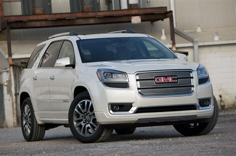 Gmc Acadia Review by 2013 Gmc Acadia Denali Review Photo Gallery Autoblog