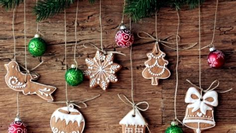 Frosting Decorations by Ideas For Arrangements With Festive Christmas Cookies And