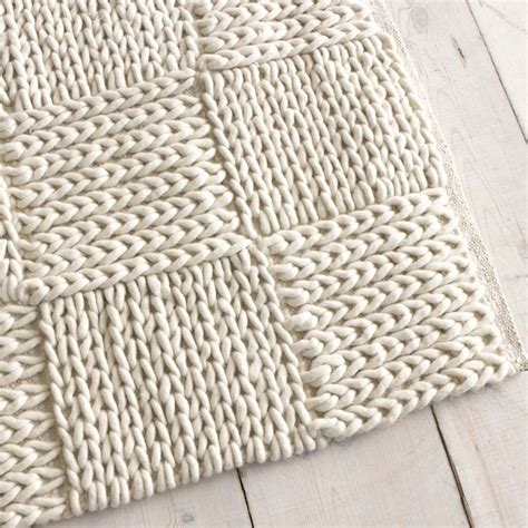 how to knit a rug best 25 knit rug ideas on crochet carpet