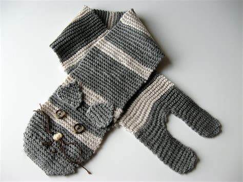 knitted cat scarf pattern show tell knitted cat scarf