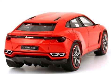 Lamborghini Urus agros orange met.   1 of 99 Looksmart