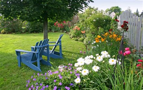 gardens with flowers two and a farm inspiration thursday flower garden