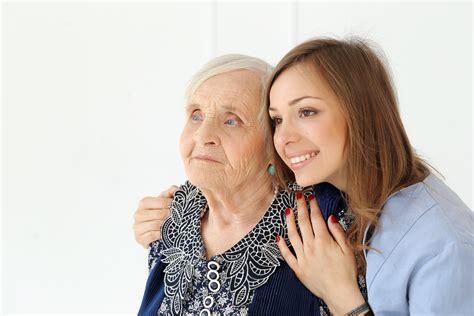 maintien 224 domicile ou maison de retraite faire le bon choix
