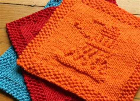 doctor who knitting secret knitting part one doctor who dishcloths mirror