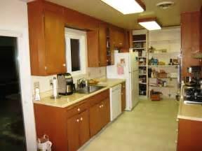 galley kitchens designs ideas small galley kitchen design ideas home improvement 2017