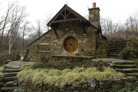 hobbits home uber fan has real hobbit house designed built by architect