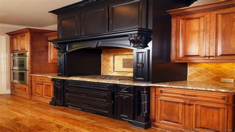 two colour kitchen cabinets two toned kitchen cabinets two tone kitchen cabinets