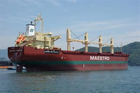 bulk baltic maestro aground in baltic sea world maritime news